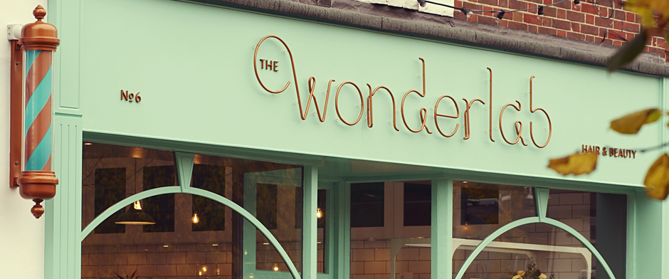 Wonderlab sign